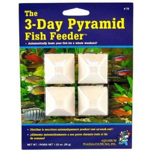 API Mini Pyramid 3 day Fish Feeder Weekend Food for Tropical Coldwater